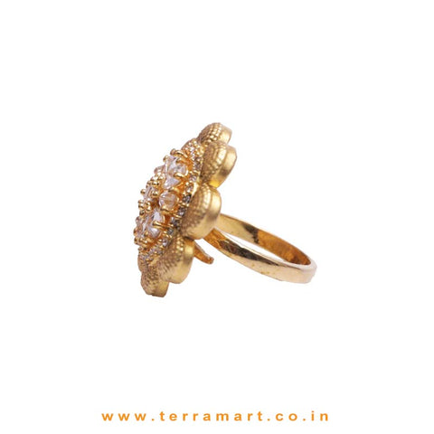 Grand Traditional White Stone Antique Ring
