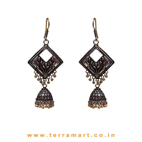 Fancy Floral Designed 2 Toned Oxidized Metal Jumka Set