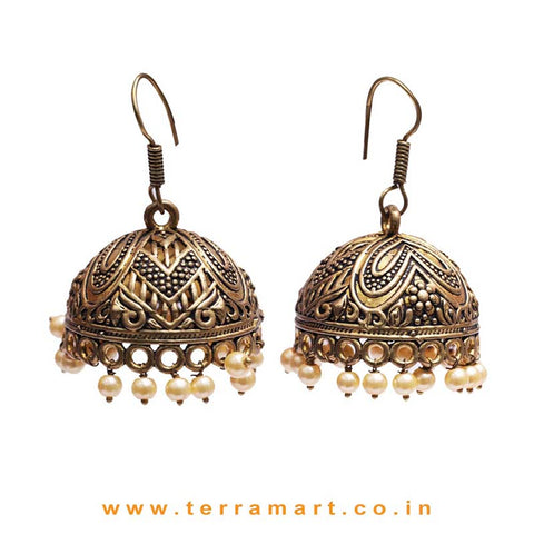 Grand Oxidized Gold Toned Metal Jumka Set With Pearl