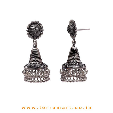 Well Designed Black Metal Jumka Set With Dangling Metal Beads