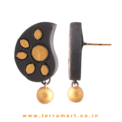 Admirable Black & Gold Colour Painted Handmade Terracotta Earrings
