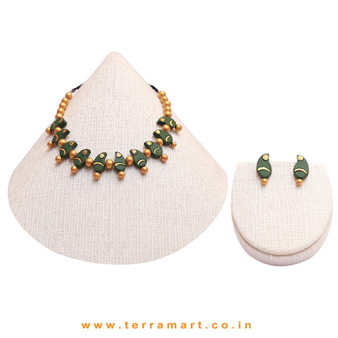 Sap Green & Gold Colour Combinated Grand Mango Design Necklace Set & Studded Earring - Terramart Jewellery