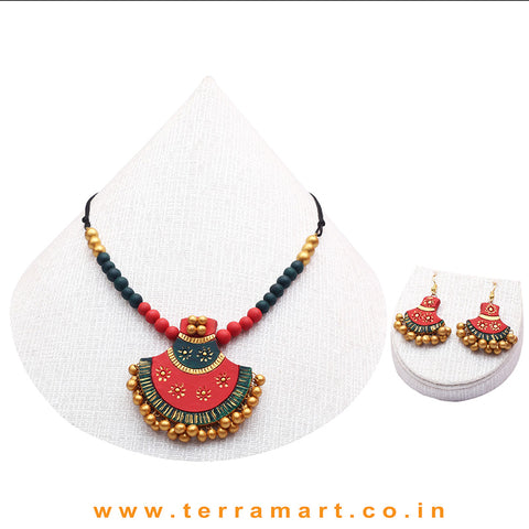 Red, Dark Green & Gold Colour Combinated Grand Chain Set & Hook Earring
