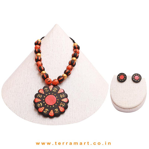 Black, Orange & Gold Colour Combinated Grand Chain Set & Stud Earring