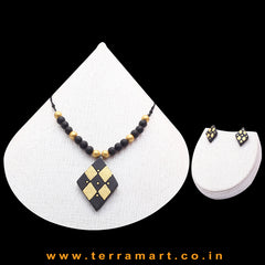 Good-looking Black & Gold Colour Handmade Terracotta Chain Set