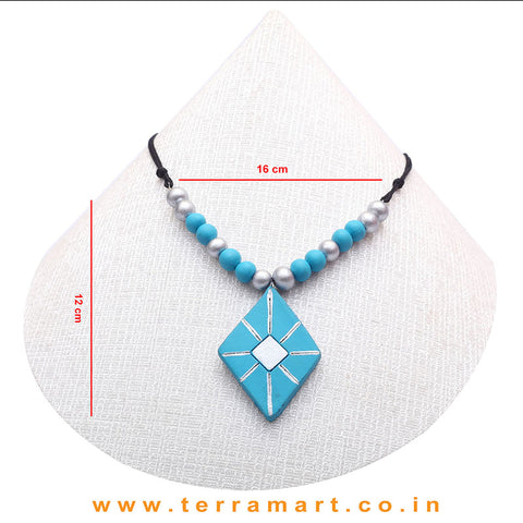 A Grand Chain with Earring in the Combination of Sky Blue & Silver
