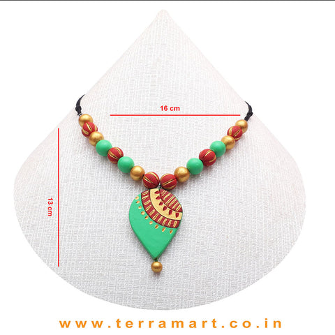 A Grand Chain with Earring in the Combination of Parrot Green, Magenta & Gold