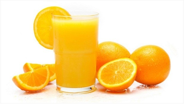 Does adding juice rich in Vitamin C have any additional nutritional value to baby cereal?