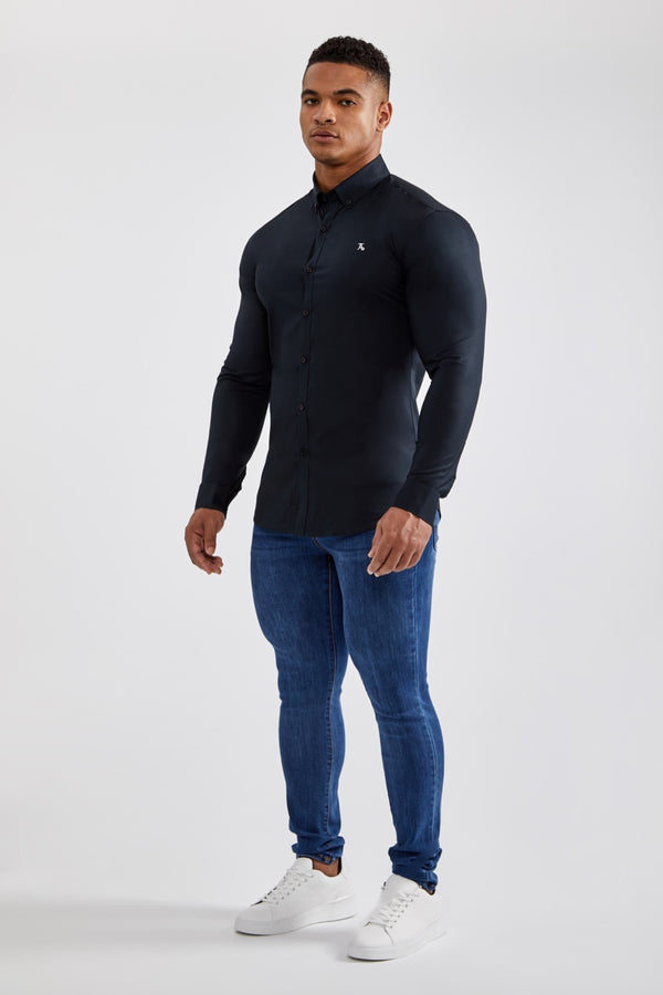Essential Stretch Shirt in Black