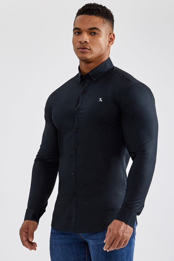 Essential Signature Shirt in Black