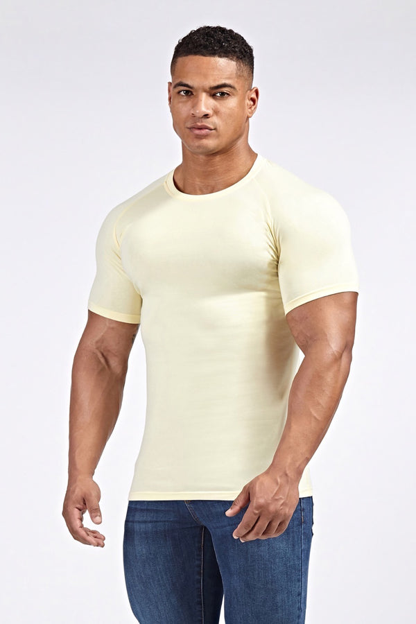 Stretch T-Shirt in Light Yellow (SS19)