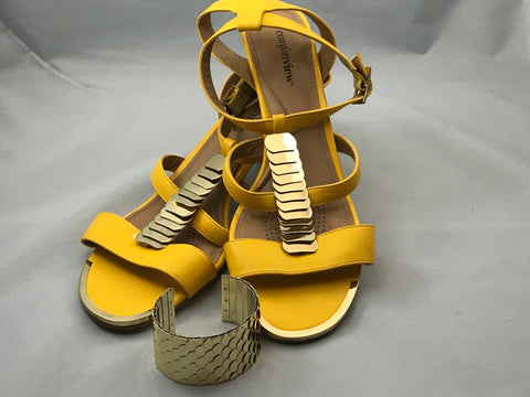 Cloudview Yellow Sandals Size 12WW