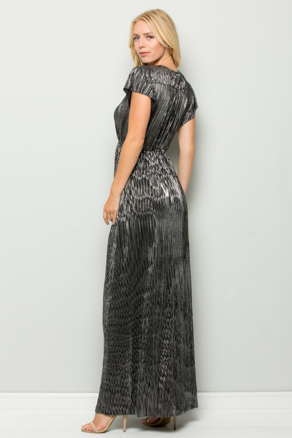 D5112 Metallic Pleats Maxi Dress - Black/Silver