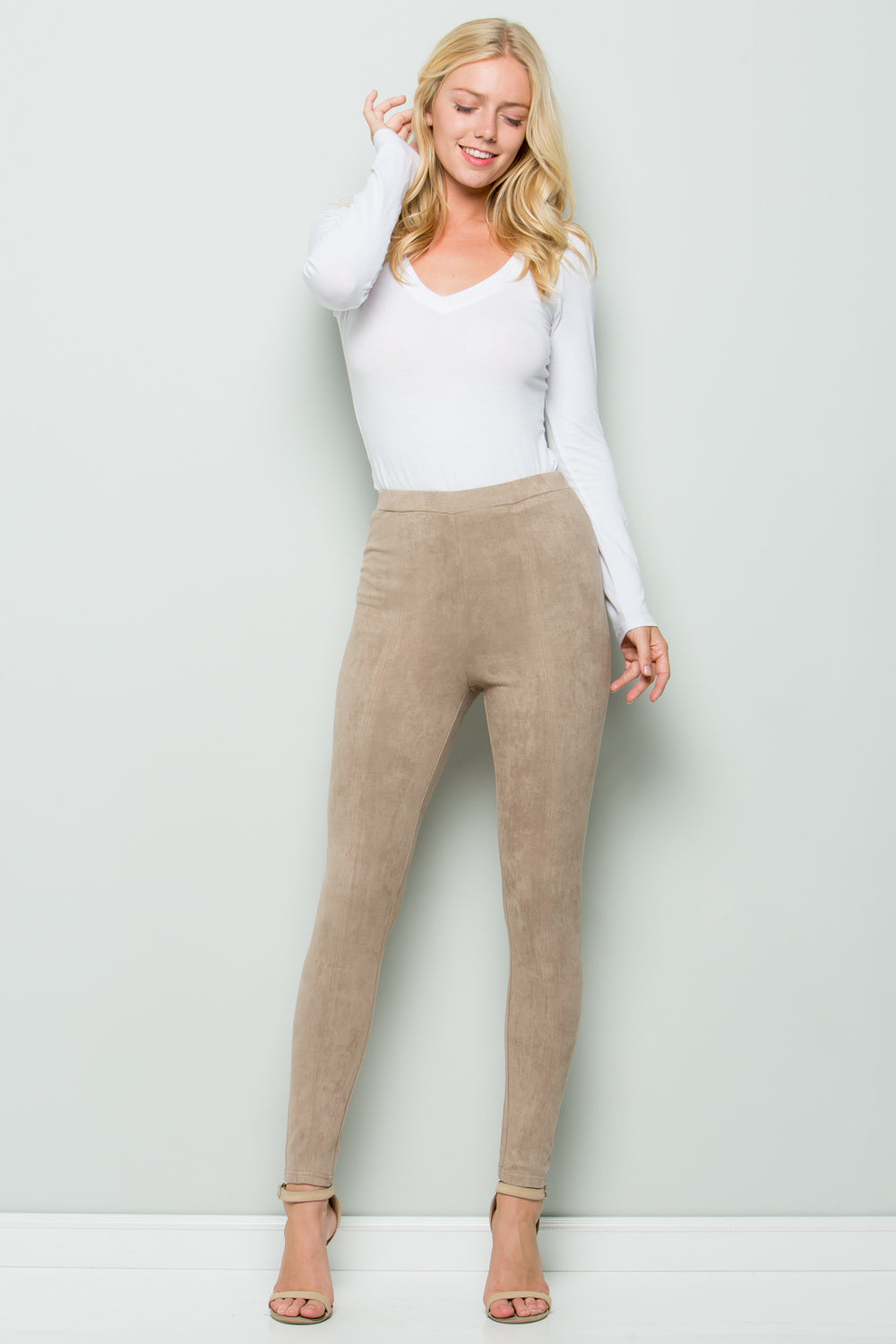 P7031 Super Stretch Suede Pants - Tan