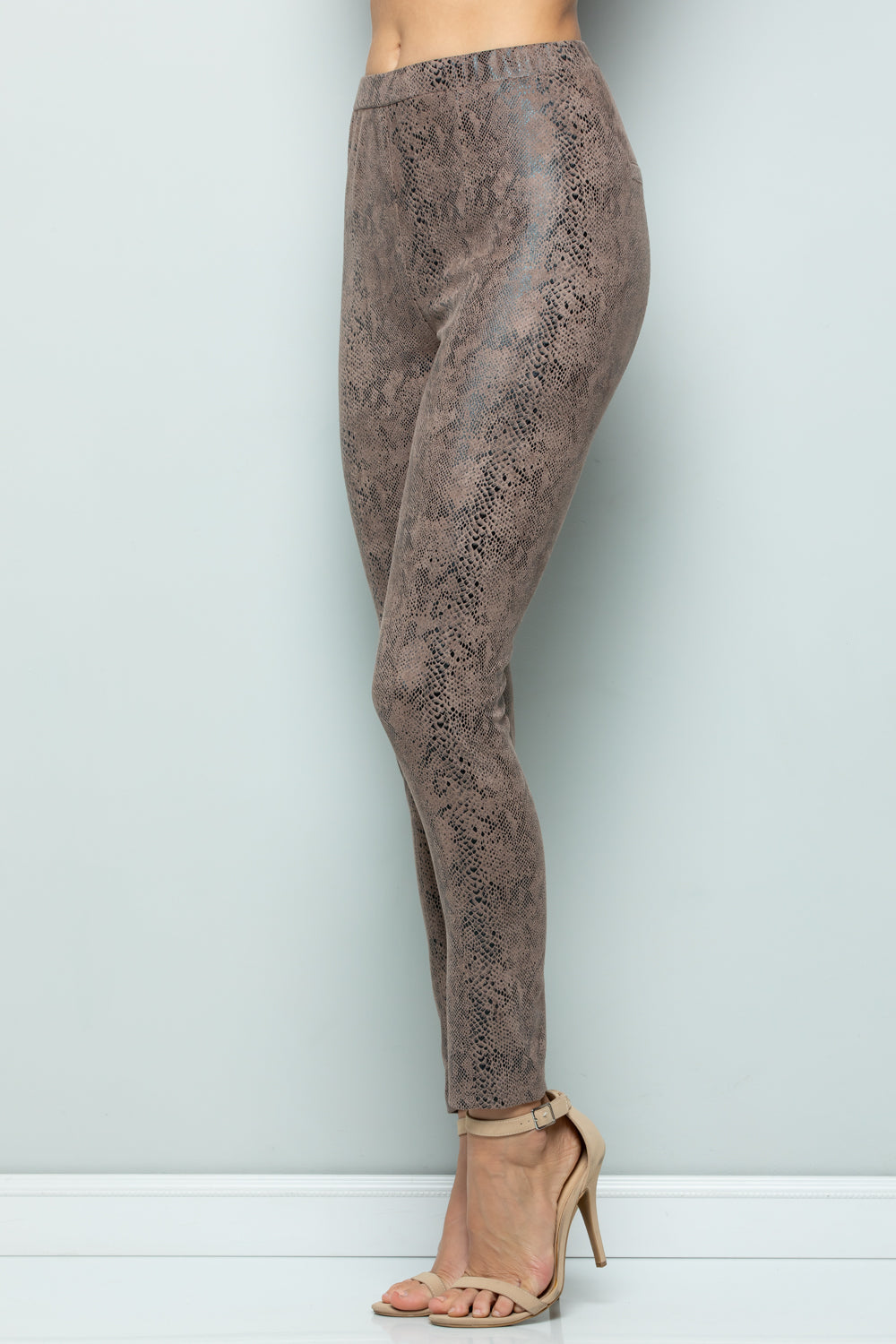 P7045 Snake Skin Leggings - BROWN