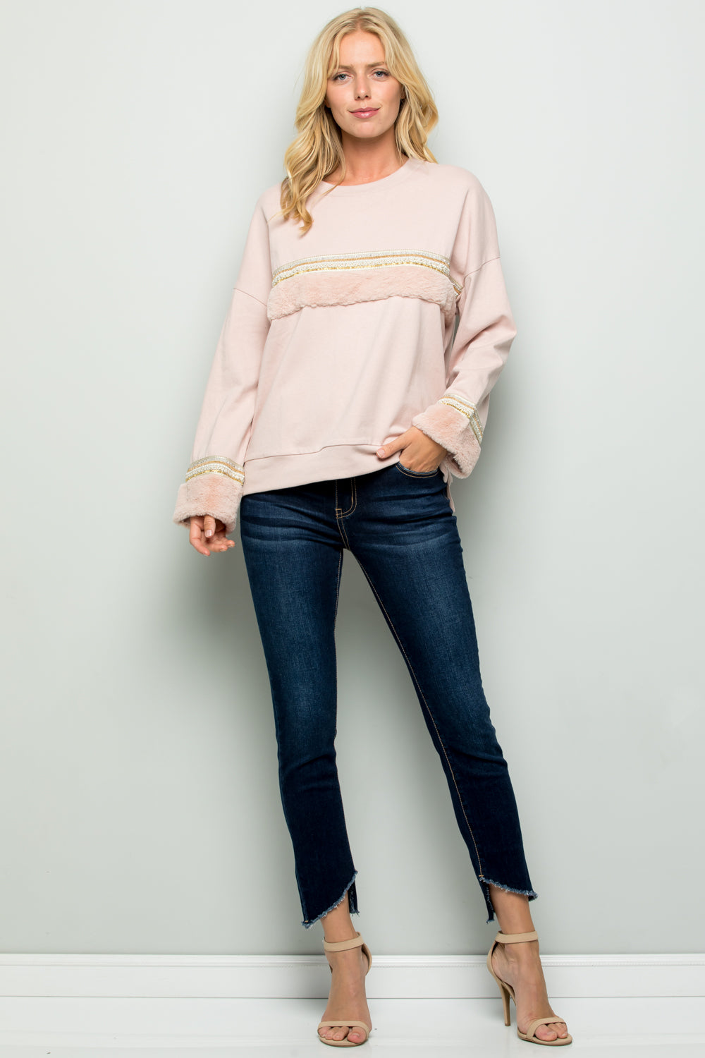 T2711 Faux Fur and Beads Trim Pullover Top