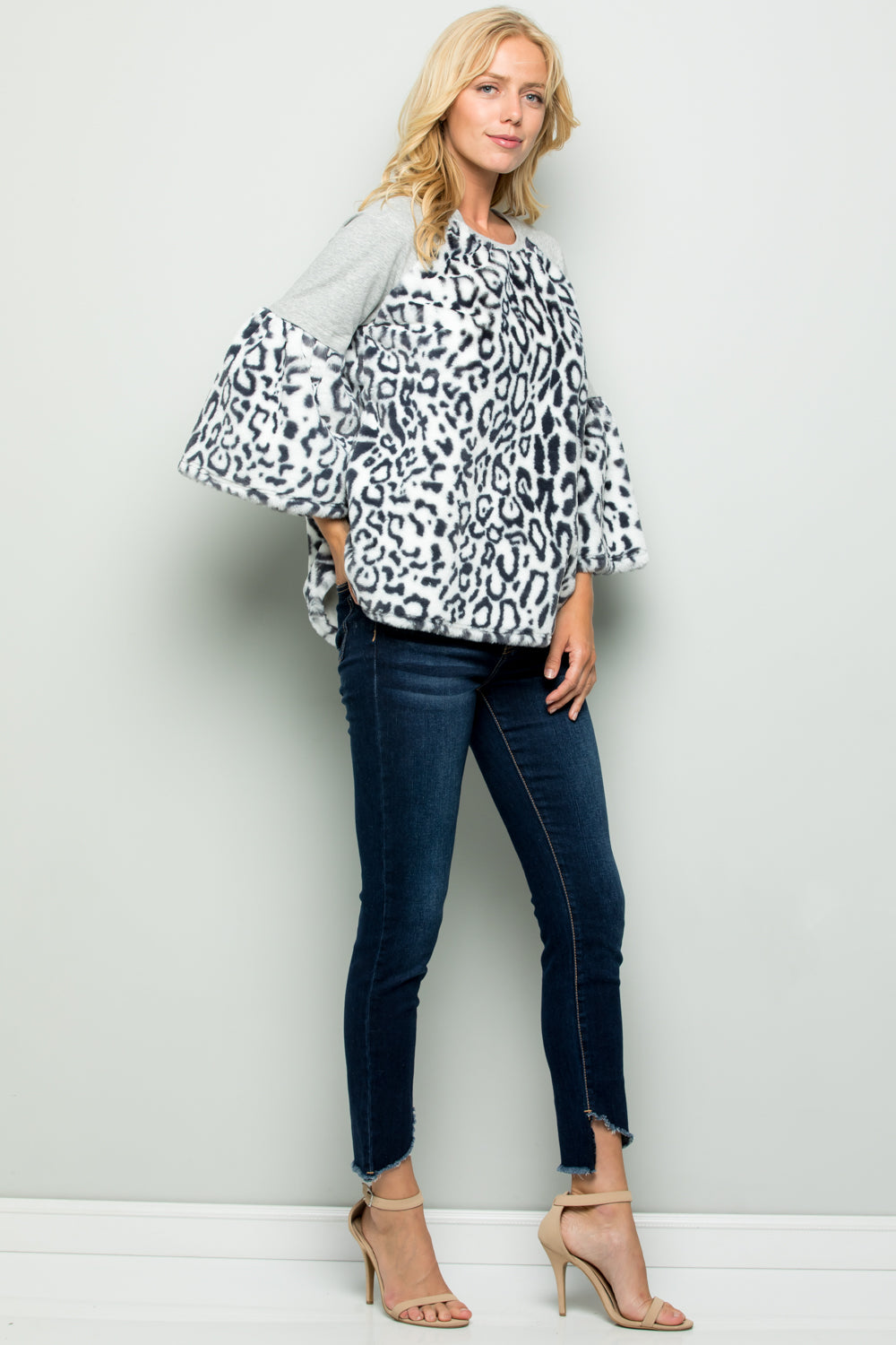 T2714 Animal Printed Faux Fur Terry Top - Black