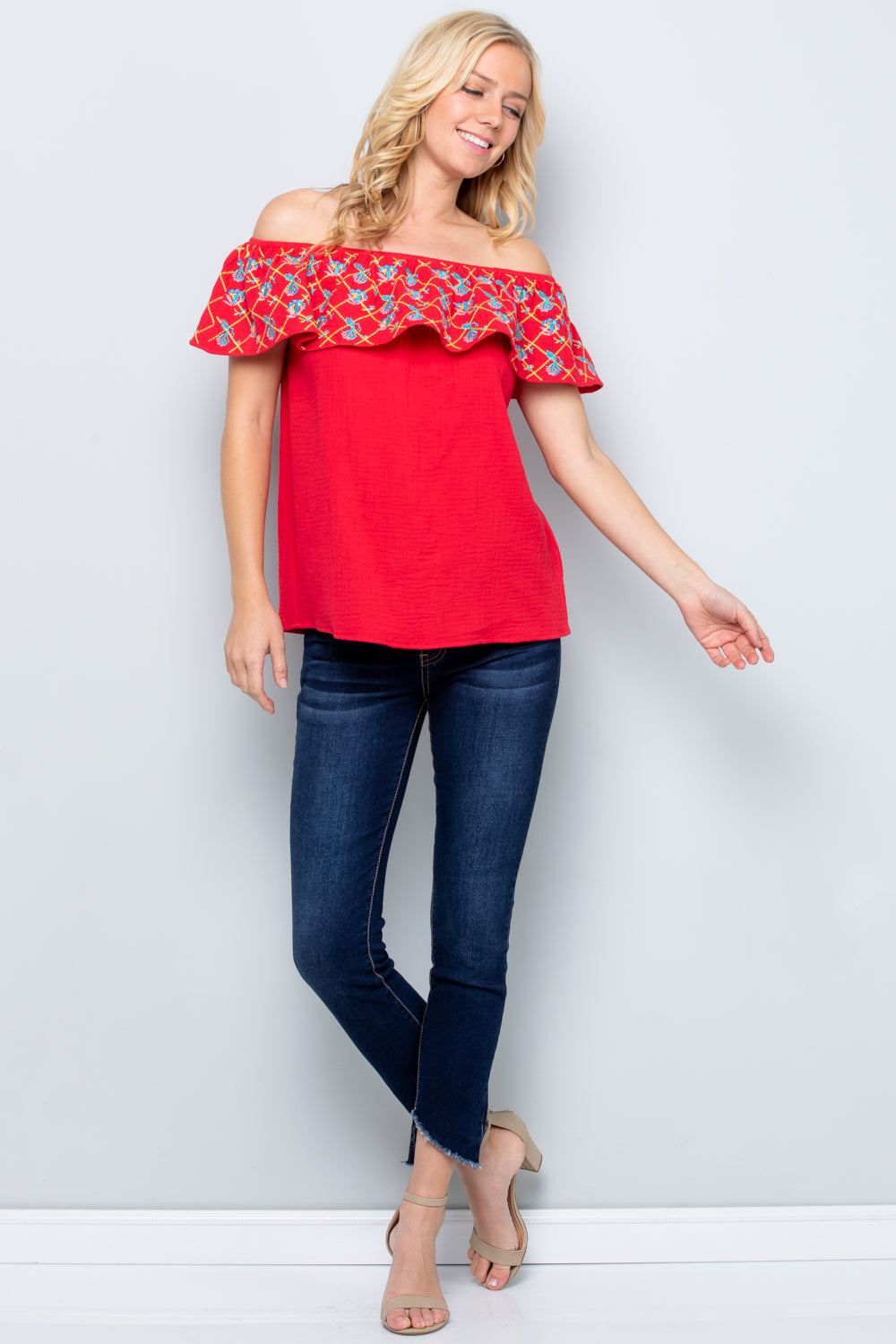 T2763  Emboridery Knit Top