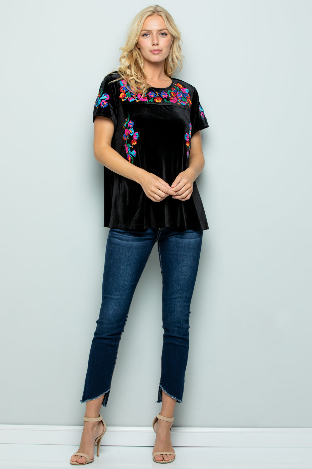 T2796 Embroidery Velvet Top - BLACK