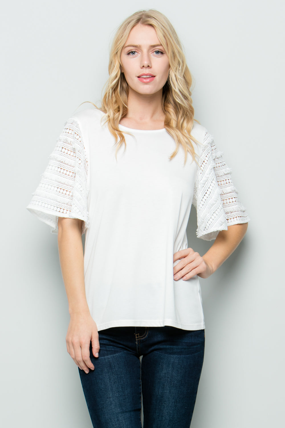 T3019 Lace sleeve knit Top - White