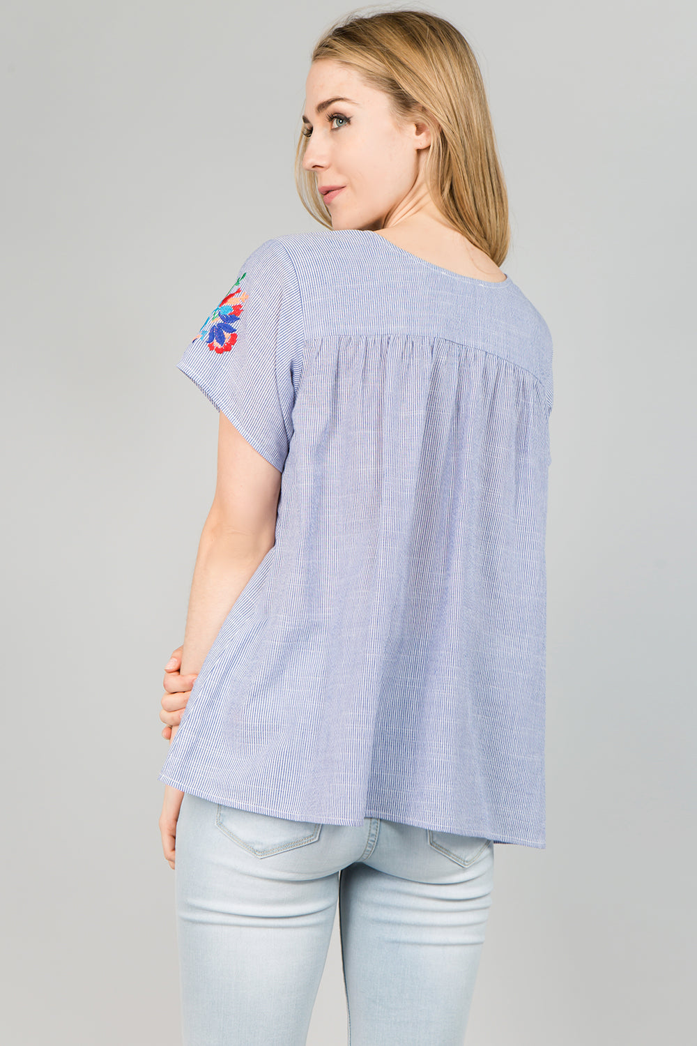 T2377 COLOR EMBROIDERY DETAIL STRIPE TOP - Blue