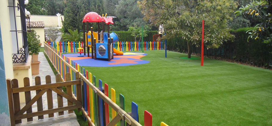 4 Interesting Places to Use Synthetic Grass Systems