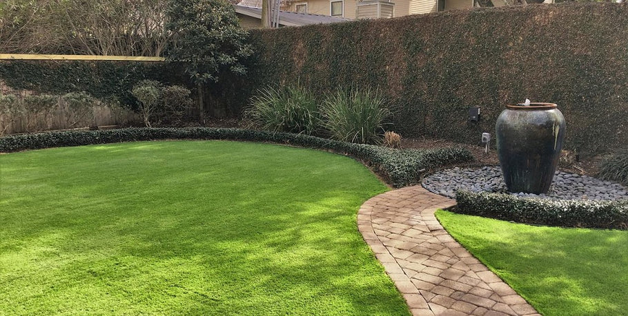 Beginner's Guide: What Causes Artificial Turf Melting?
