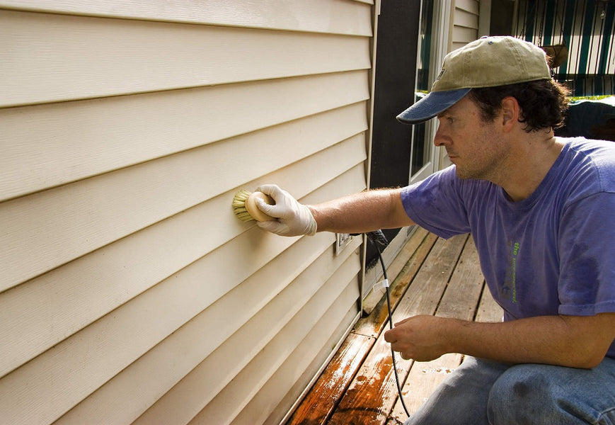 Easy and Quick Tips for Vinyl Siding Maintenance