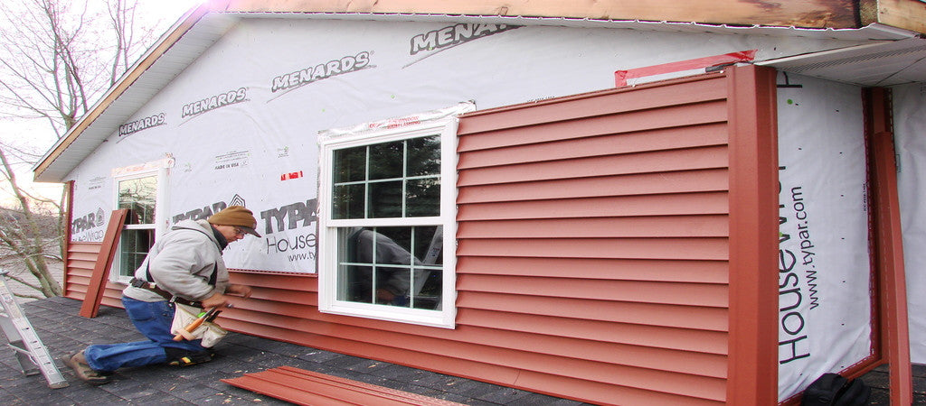 7 Popular Siding Materials To Consider: Homeowners Are Filing A Vinyl Siding Lawsuit Against