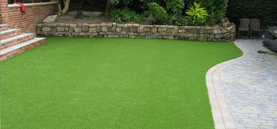 Tips on Fixing Artificial Turf After Window Reflection Burn
