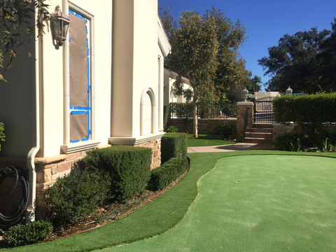 Stop Window Glare Melting Artificial Grass Lawn In Chicago Illinois
