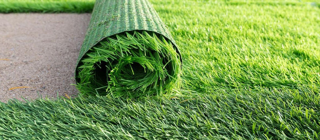 Know three ways to deal with your melting artificial turf and how to prevent your turf from getting damaged by unwanted heat or reflected sunlight.