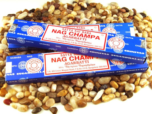 A classic incense and iconic blend of natural herbs, resins, flowers and oils from the Nag Champa tree