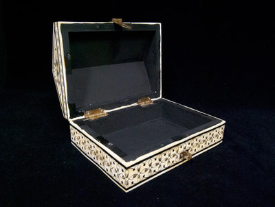 Camel Bone Hut Box