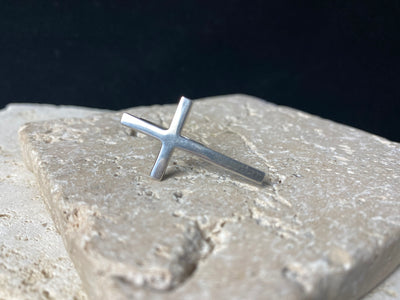 Sterling silver cross ring.