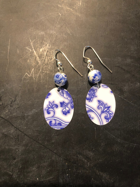 Blue and White Floral Beaded Oval Earring