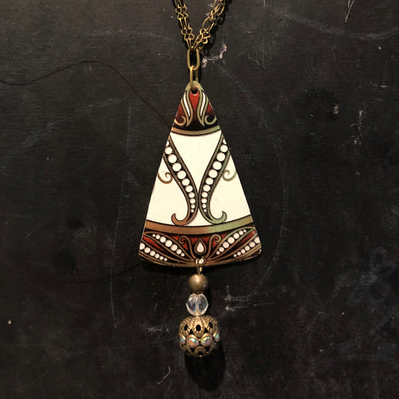 Triangle Double Chain with Beads