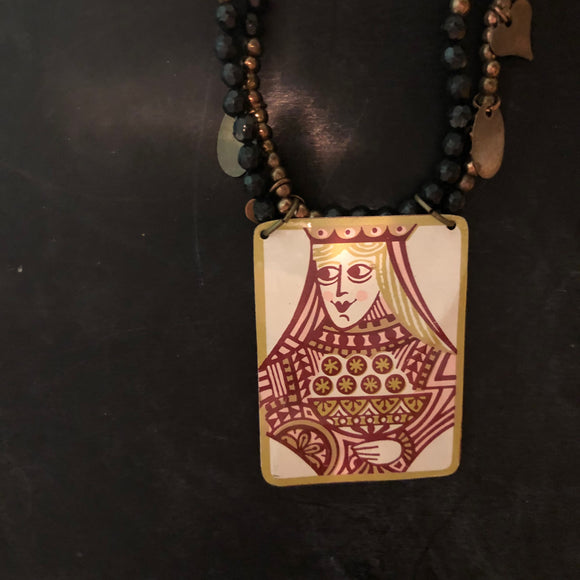 Square Queen Tin with Double Strand Beaded Necklace