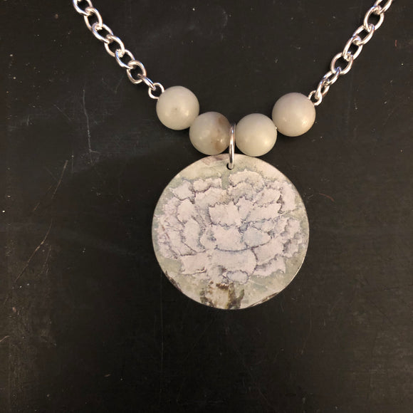 White Flower with Amazonite Beads Tin Necklace