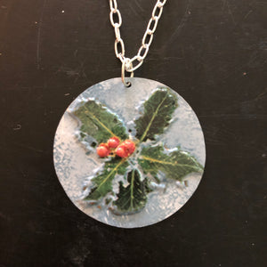 Poinsettias Tin Necklace