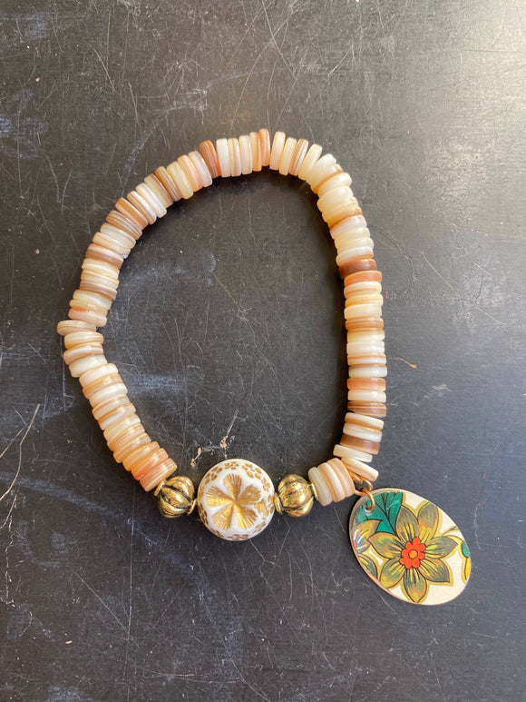 Natural Shell and Gold Beaded Tin Charm Bracelet