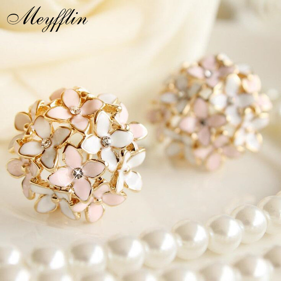 Fashion Meyfflin Flower Stone Stud Earrings