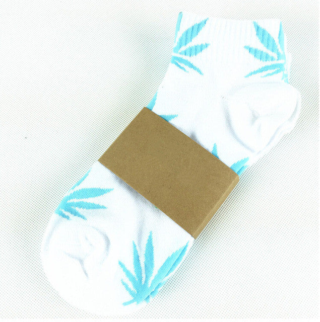 Colorful Maple Leaf Cotton Ankle Socks For Women