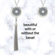 Flower Design | Stainless Steel Diffuser necklace