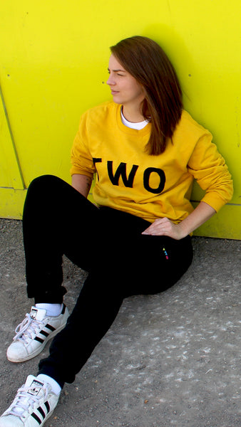 TWO APPLIQUÉ SWEATSHIRT | LIMITED EDITION YELLOW