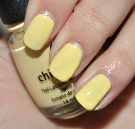 "China Glaze Polish ""Lemon Fizz"" 11K"
