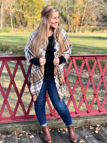 Classic Flannel Poncho - Beige