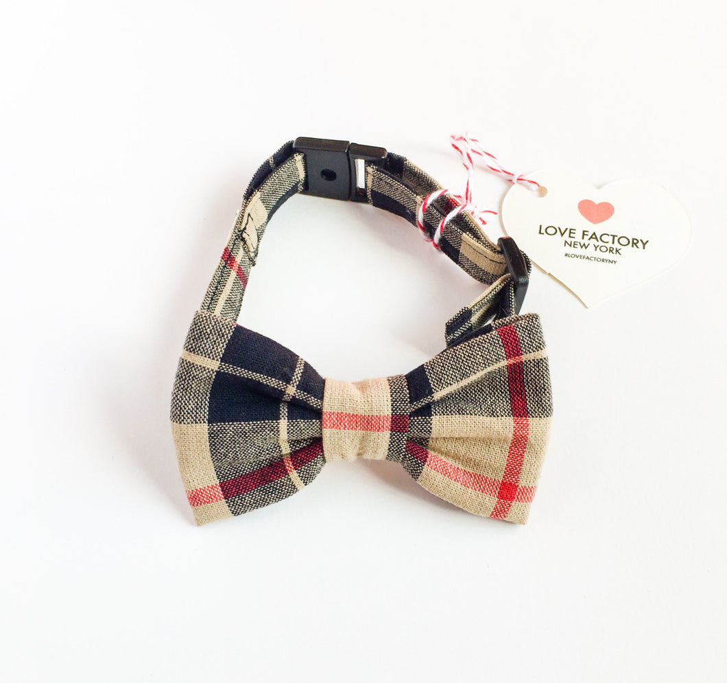 Dog Bow tie collar Chic beige plaid-check dog bowtie collars-hipster modern dog fashion-bow tie for dogs-stylish dog collar -love factory NY - lovefactorynewyork
