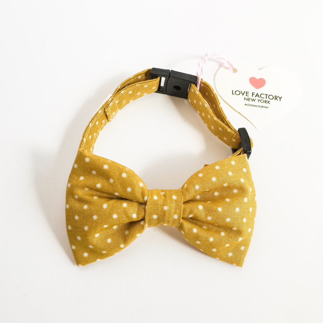 Dog Bow tie collar masturd swiss dot-dog bowtie collars-hipster modern dog fashion-bow tie for dogs-stylish dog collar -love factory NY - lovefactorynewyork