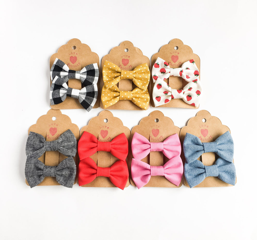 handmade Little girls hair bow clips 2pc - lovefactorynewyork